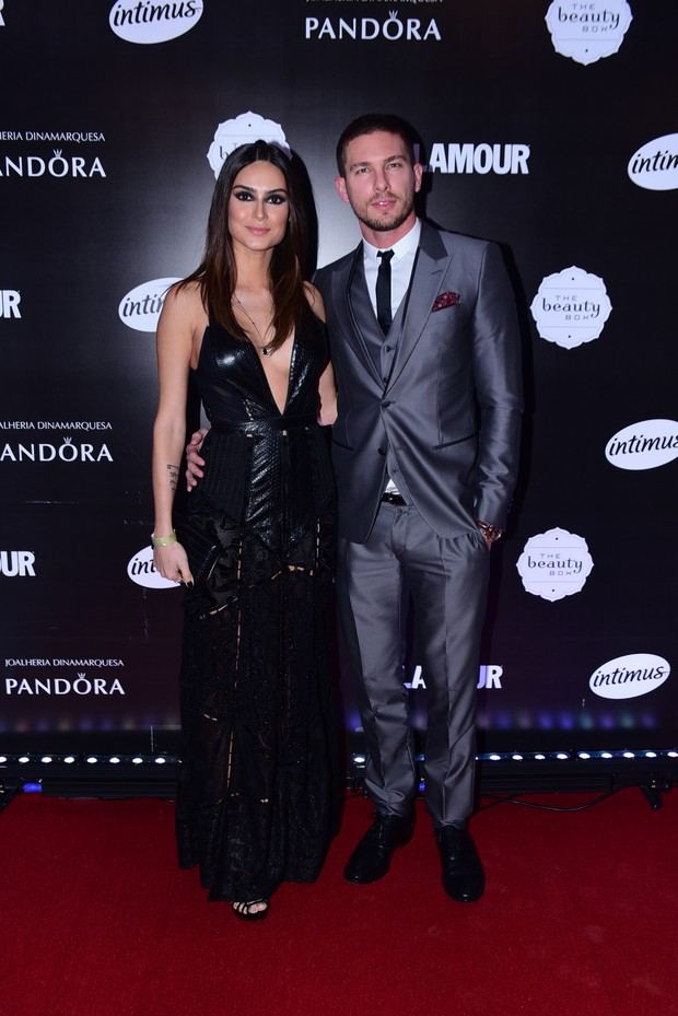 Thayla Ayala e Adam Senn